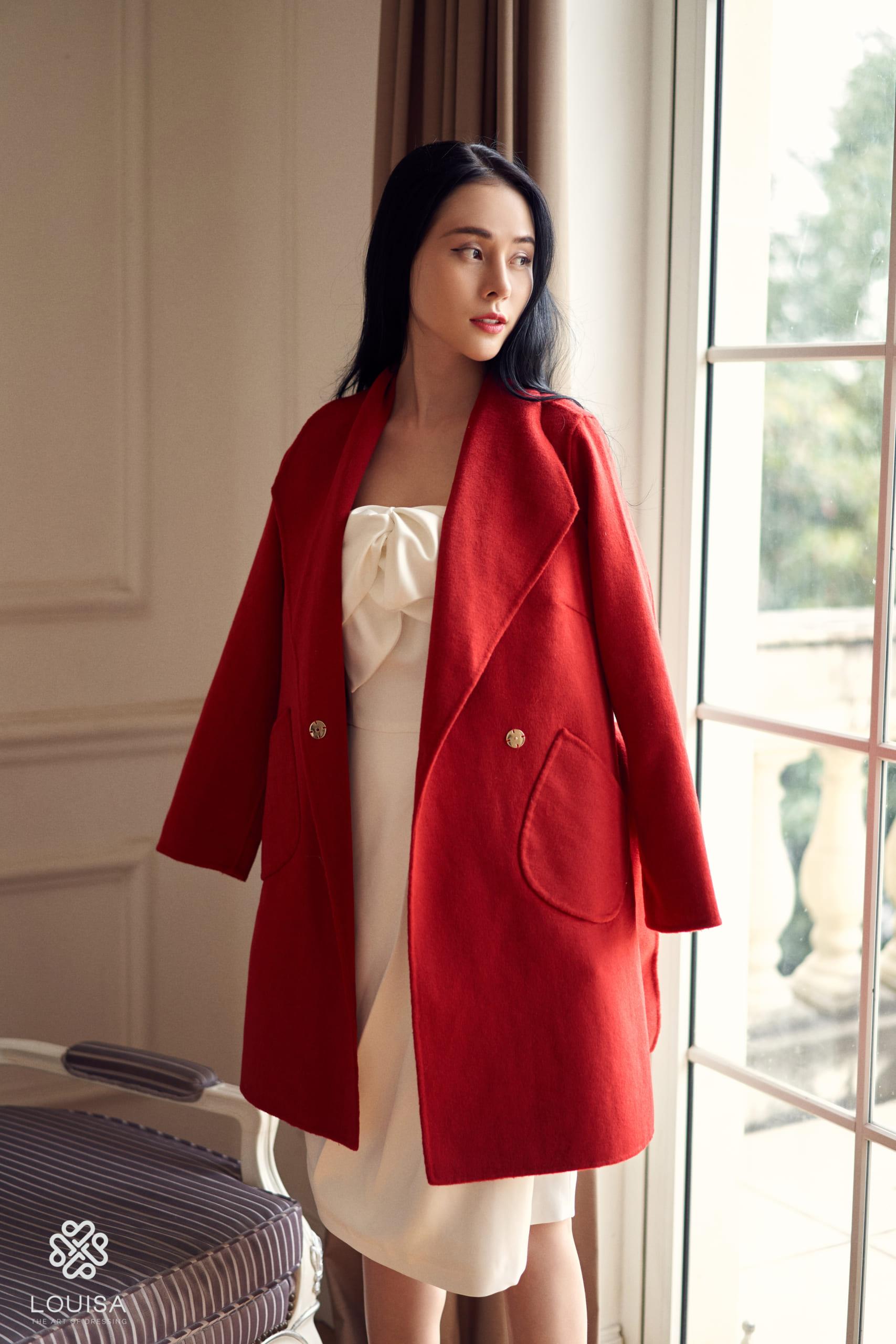 Sandy Coat